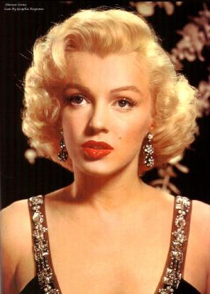 http://3.bp.blogspot.com/_xdpjADHIXBo/TL2FqGdV2QI/AAAAAAAABCA/RUPLzWip11A/s1600/Marilyn+Monroe.jpg