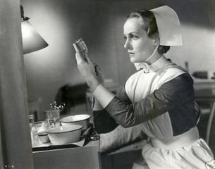 Reference:  http://1.bp.blogspot.com/_IPH0_KHTvpI/TOpAh22f87I/AAAAAAAAAuk/74aPgH0SwTk/s1600/Nurse+Carol+Lombard.jpg